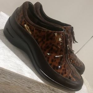 Cole Haan Nike Air sole Shoes Size 7 Leopard Print